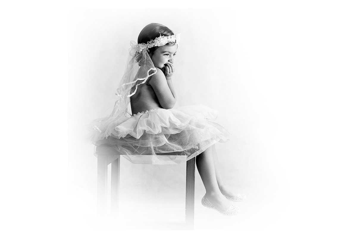 آتلیه تخصصی کودک و لباس مناسب در آتلیه کودک و آتلیه نوزاد