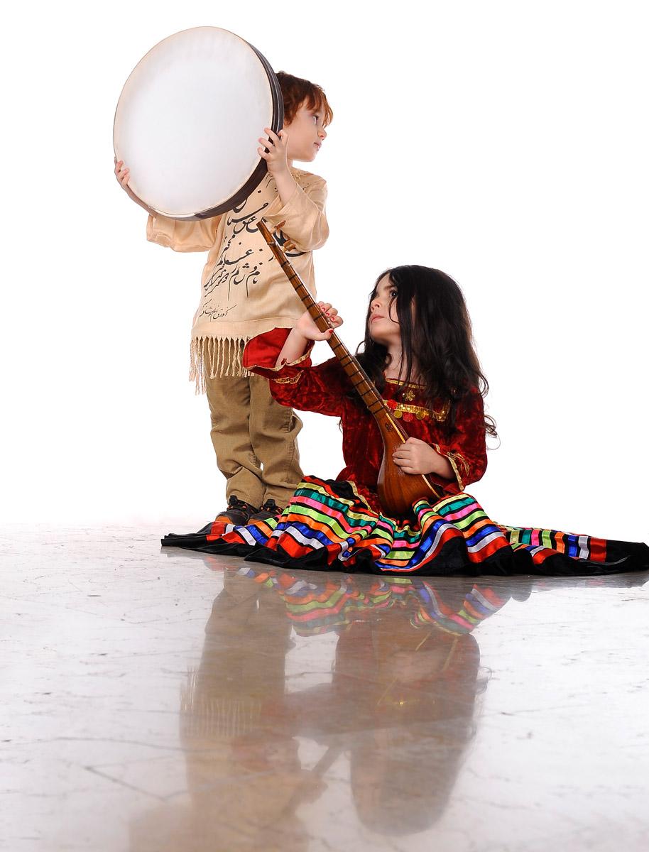 آتلیه کودک همراه با لباس در بهترین استدیو کودک شرق تهران