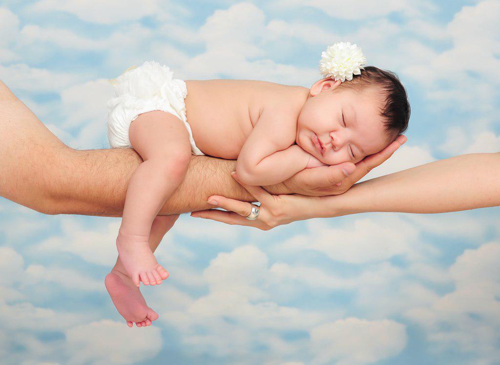 آیا عکاسی نوزاد در آتلیه نوزاد سخت است ؟
