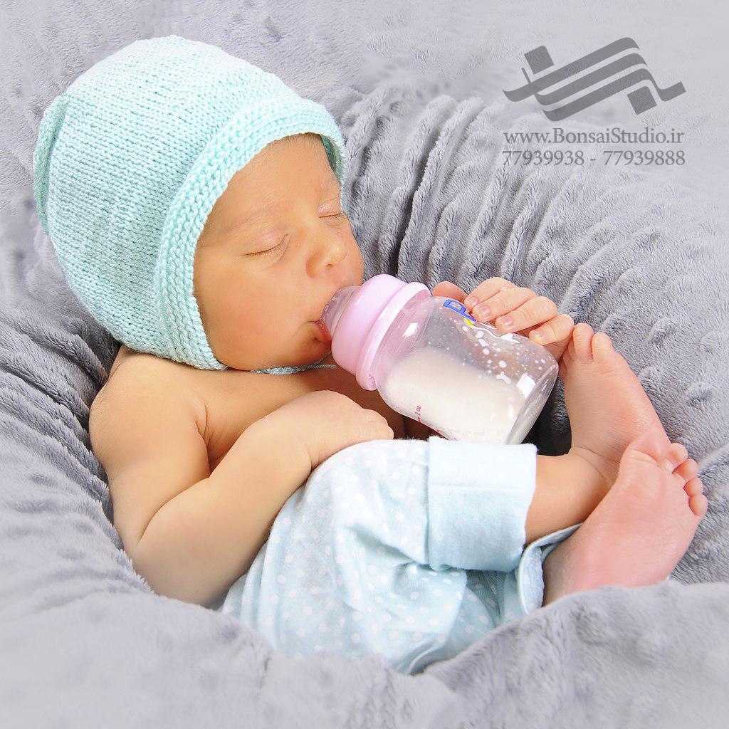 عکاسی نوزاد در آتلیه نوزاد