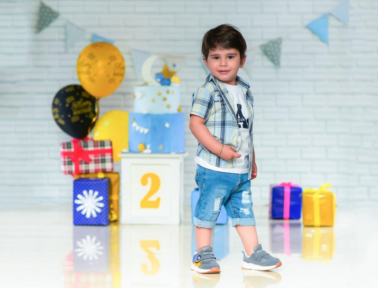 عکاسی کودک و عکاسی جشن تولد در آتلیه کودک