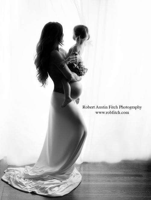 راهنمای انتخاب لباس برای عکاسی بارداری در آتلیه بارداری