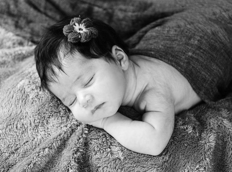 ترفند های عکاسی از نوزاد با نور طبیعی