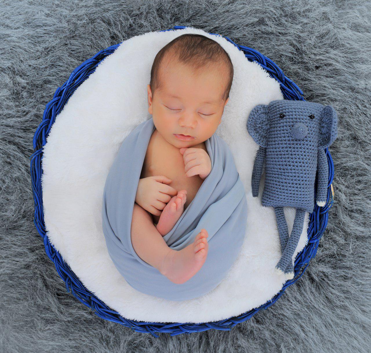 آتلیه تخصصی نوزاد و ژست عکس نوزادی
