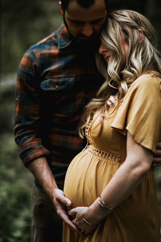 عکاسی بارداری در آتلیه بارداری