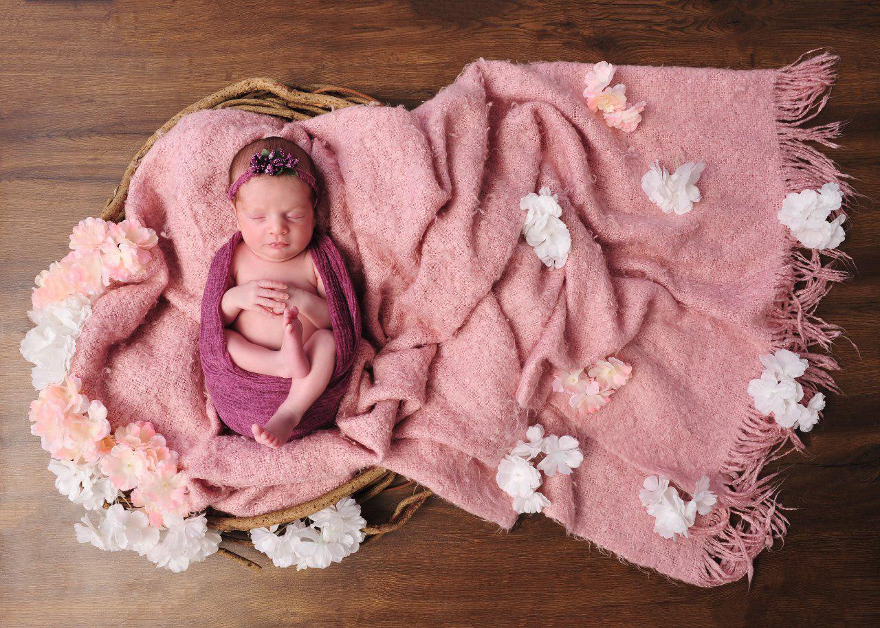 چه زمانی برای عکاسی نوزاد اقدام کنیم؟