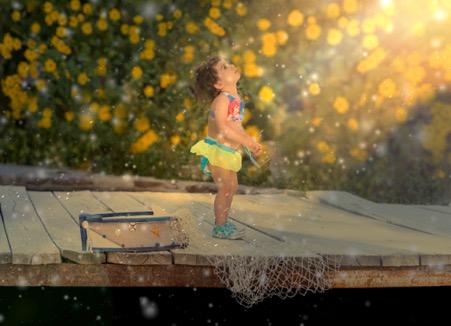 عکس کودک فضای باز